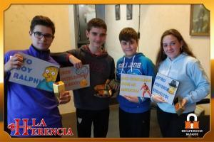 equipo-  niños-escape-room-Badajoz-LaHerencia - copia