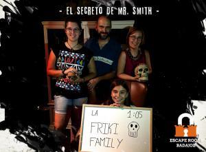 Friky-familia-escape-room-badajoz